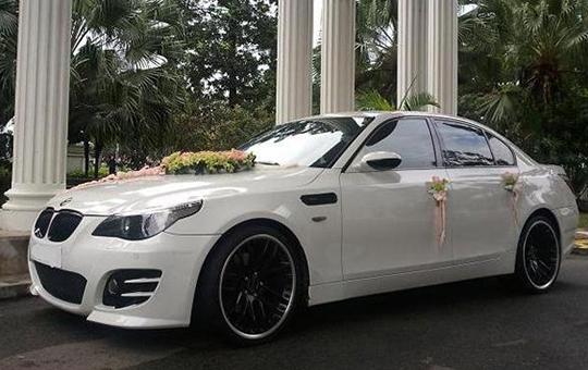 Xe hoa BMW 320i