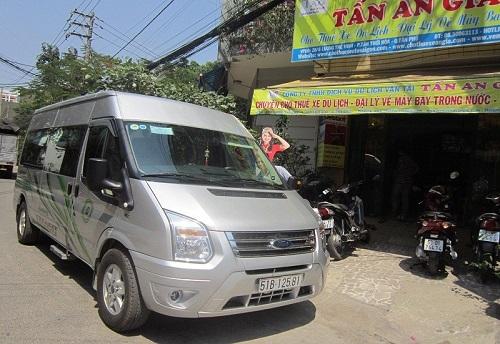 cho-thue-xe-thang-16-cho-Fordtransit-2013
