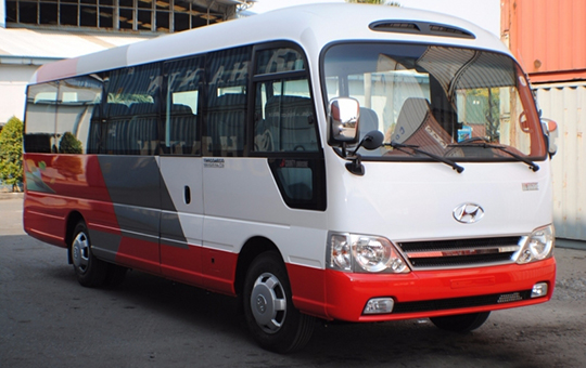 CHO THUÊ XE DU LỊCH Hyundai County Limousine  2015