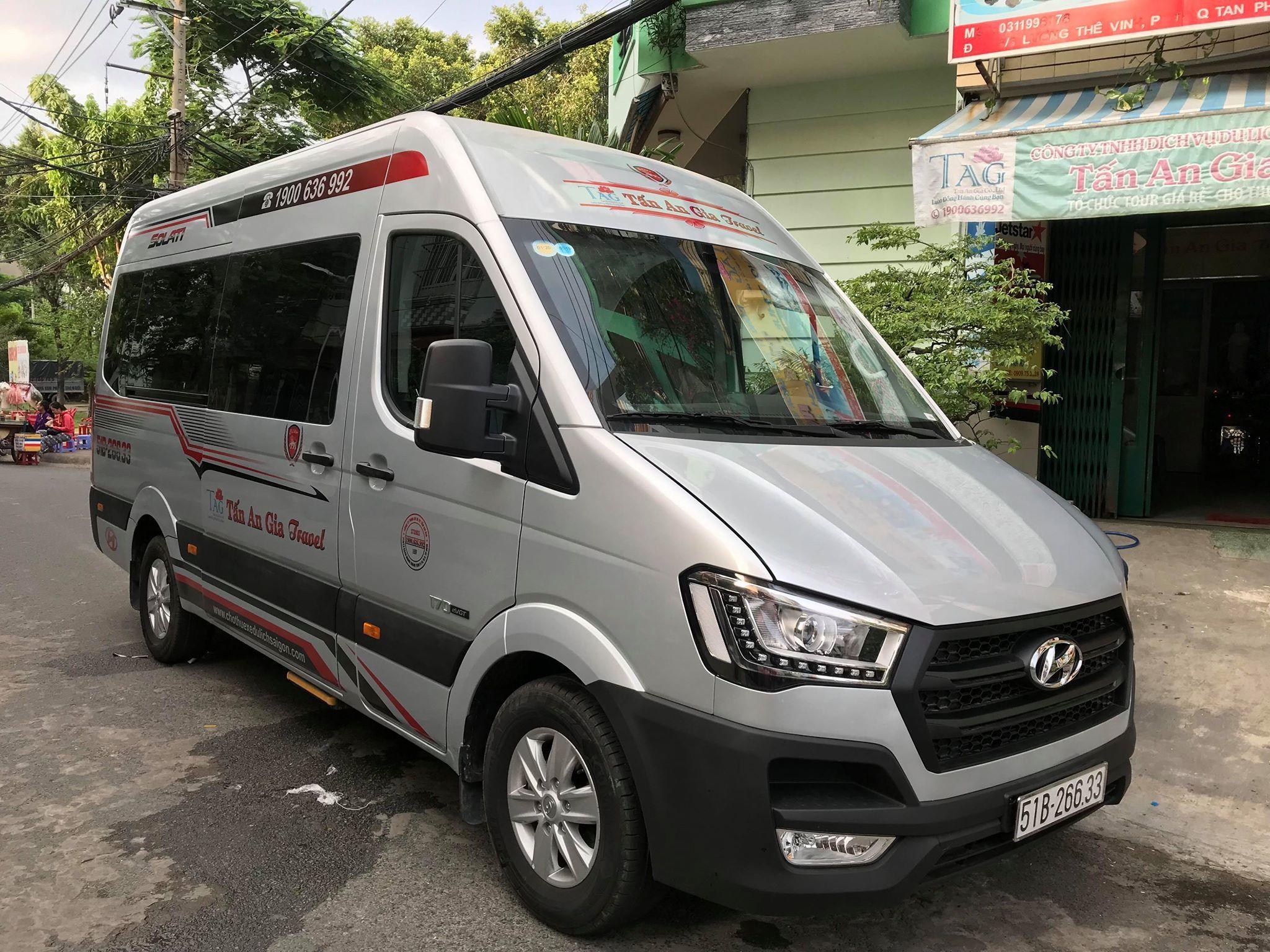 Xe 16 chỗ Huyndai Solati 2019 NEW
