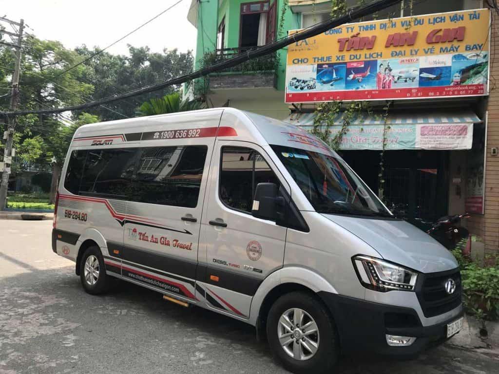 Chot thuê xe transit 2019 VIP
